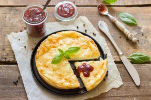 Eine vegetarische Kochbox ist bequem und enthält viele schmackhafte Nahrungsmittel. Foto Einladung_zum_Essen via pixabay